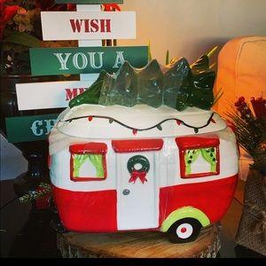 Christmas Camper/Trailer Cookie Jar / Canister